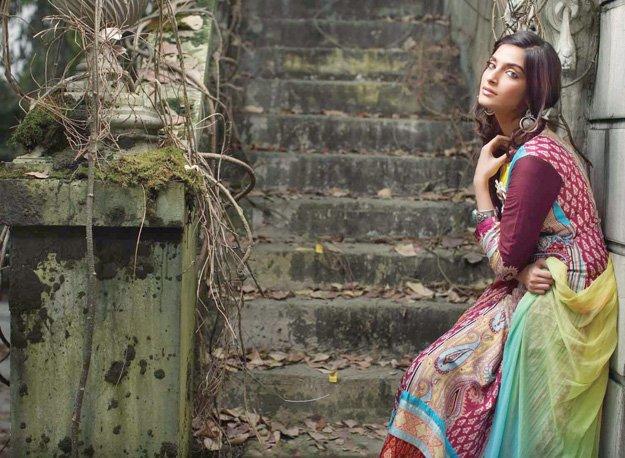 Sonam Kapoor Brand Endorsements Brand Ambassador Advertisements TVCs List Firdous Indian Pakistani Kurtas Suits