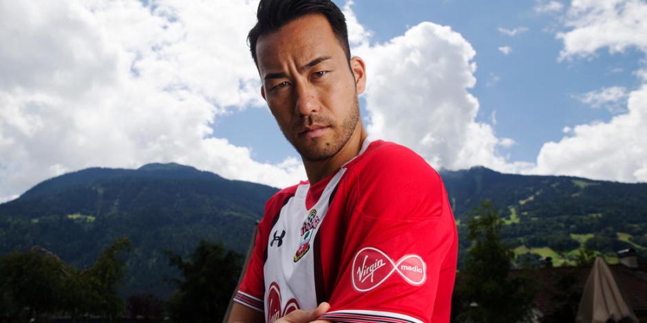 Southampton Virgin Media Shirt Sleeve Sponsor Logo Brand Premier League Football Clubs