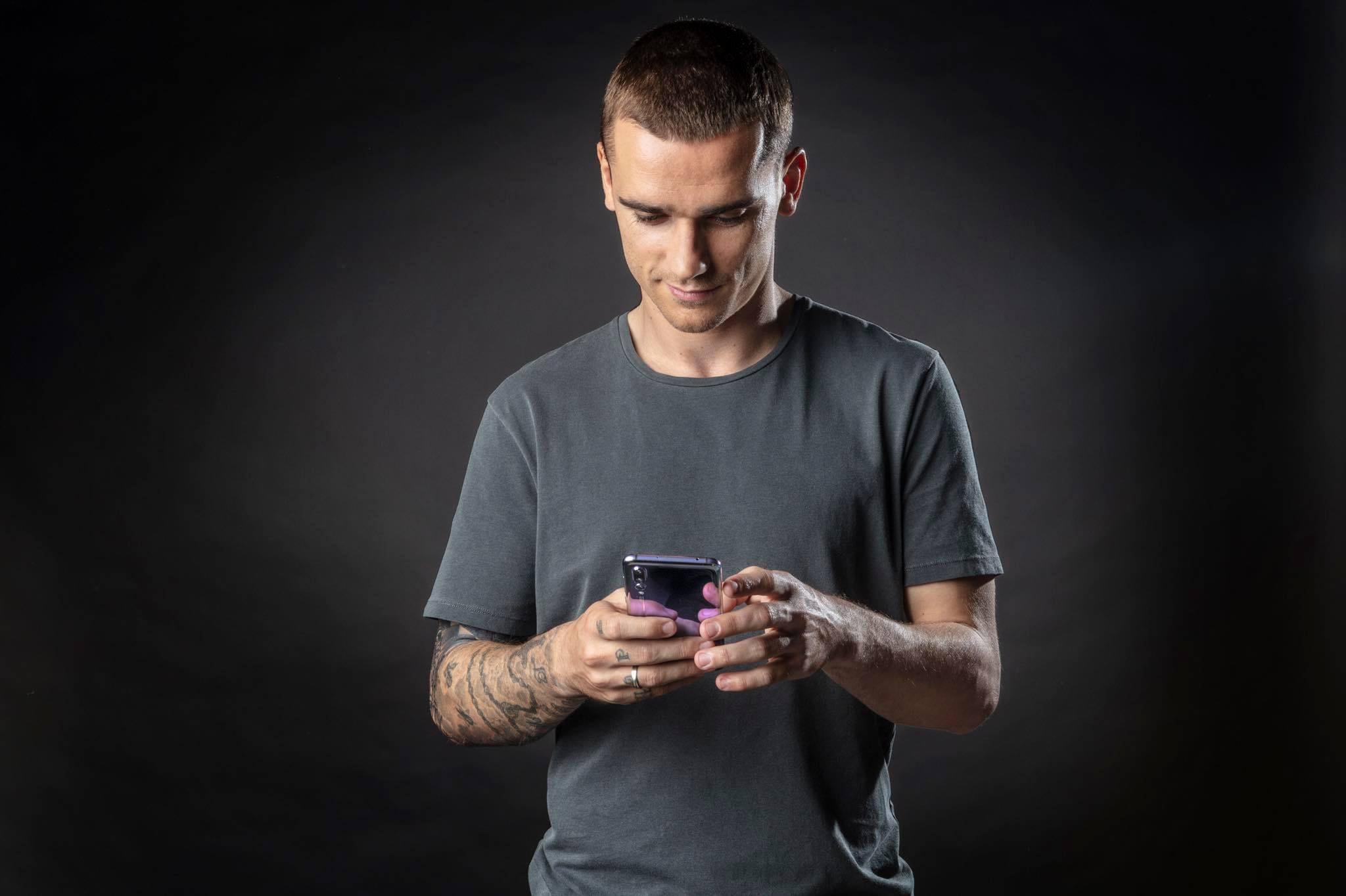 Antoine Griezmann Sponsors Brand Endorsements Brand Ambassador Personal Sponsorship deals list french footballer Huawei mobile smart phones